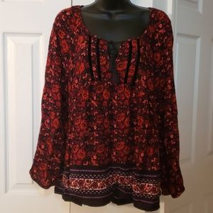 Old Navy peasant style top with keyhole neckline